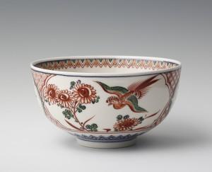 1: 初代伊東陶山《色絵鳳凰文鉢》1917~1920年、個人蔵