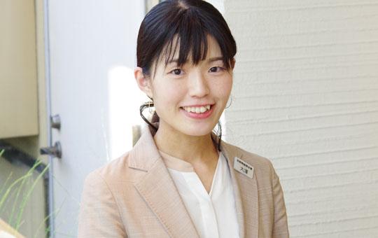 事務スタッフ 大澤 史帆